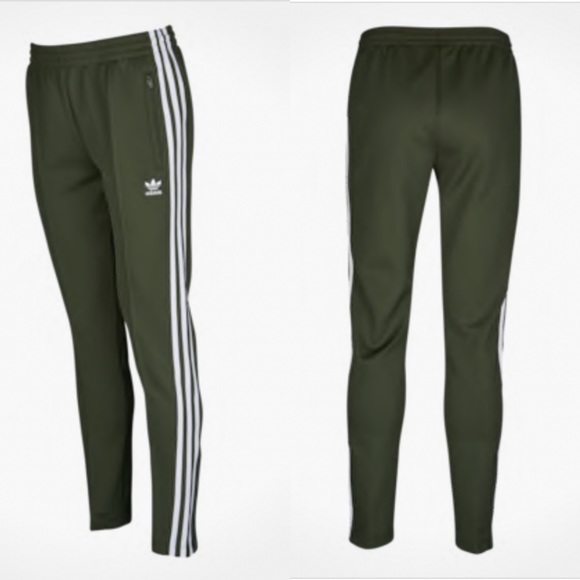 84f1f1ba784 NWT Adidas Originals Superstar Track Pants